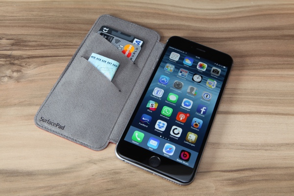 Twelvesouth SurfacePad für das iPhone 6 (Plus)