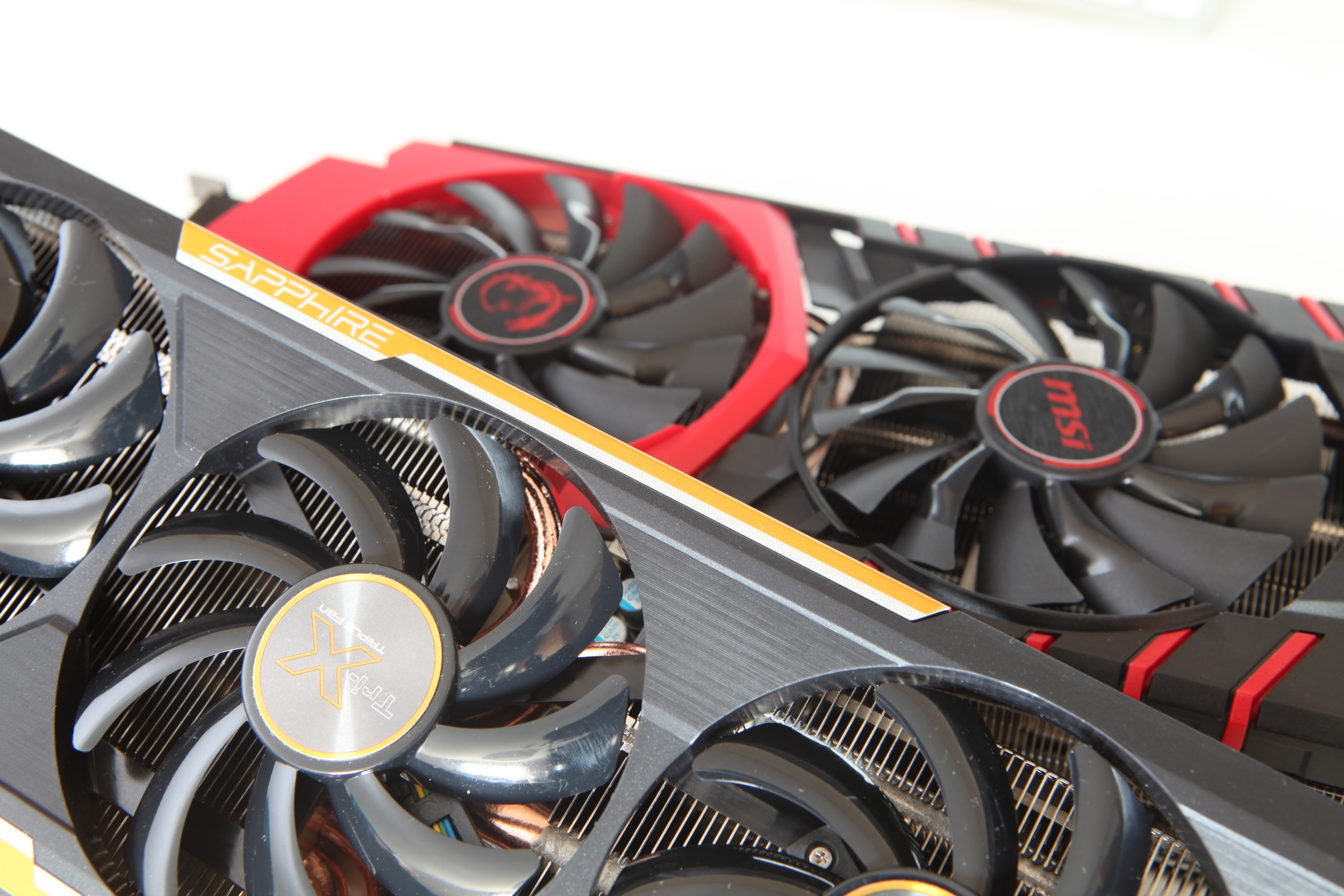 Тестирование видеокарты AMD Radeon R9 39 : ваш