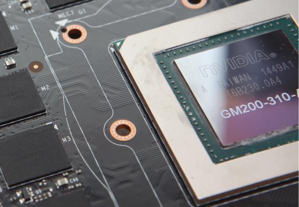 GPU, PCB und Speicher der GeForce GTX 980 Ti