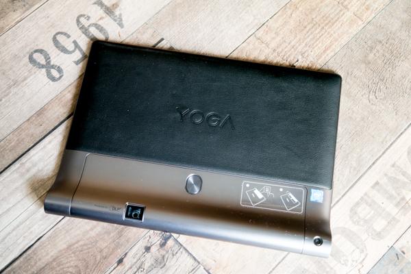 В планшет встроен скоростной модуль Wi-Fi, 32 Гбайт памяти, есть опциональны модем LTE