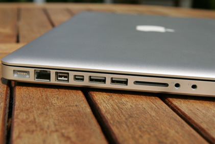 MacBookPro15_04_rs
