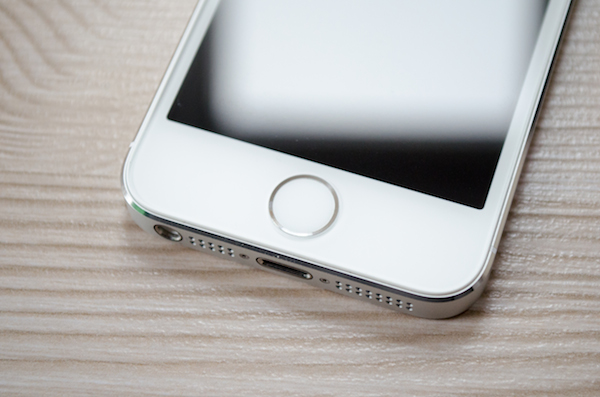 Designänderung 1: Der altebekannte Home-Button trägt nun einen Ring