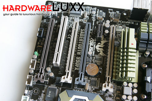 asus-sabertooth990fx-1-rs