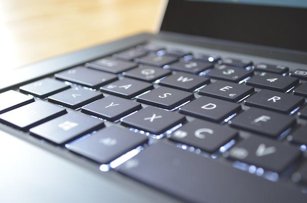 Равномерная подсветка клавиатуры