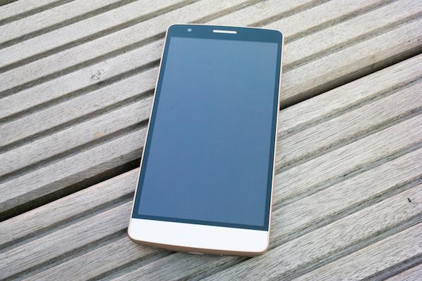 LG G3 s: напоминает флагмана G3 не только названием.