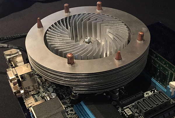 Kinetic Cooling Technologie - Prototyp von Coolermaster