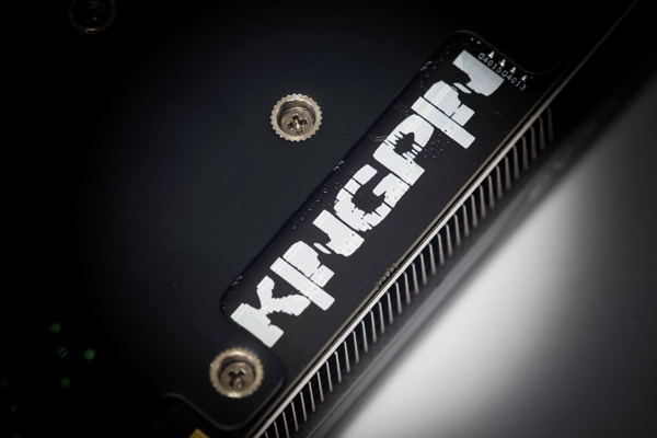 Bild einer kommenden EVGA GeForce GTX 980 Classified K|NGP|N Edition
