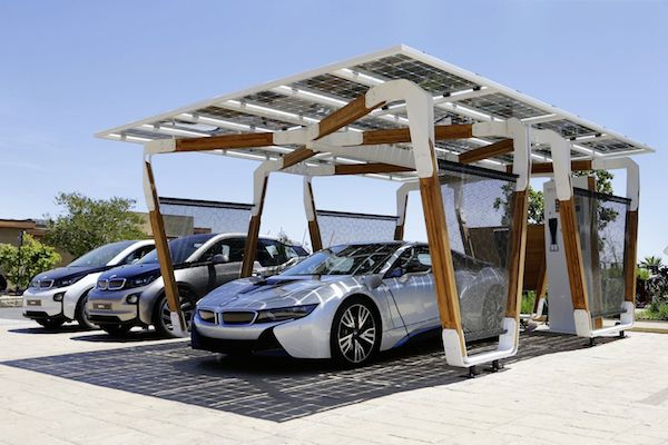 bmw pr sentiert konzept f r carport mit solar ladestation hardwareluxx. Black Bedroom Furniture Sets. Home Design Ideas