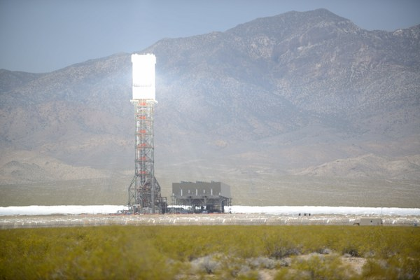 Ivanpah Solar Power Facility Online