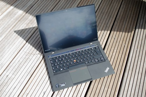 lenovo-thinkpad-x1-carbon-touch-12