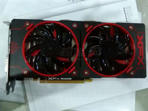 xfx-expreview-r9380x-1